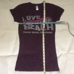 Cotton Heritage Tops - Lightweight purple Live The Beach t shirt.